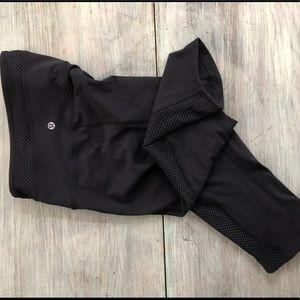 Lululemon black cropped leggings size 6